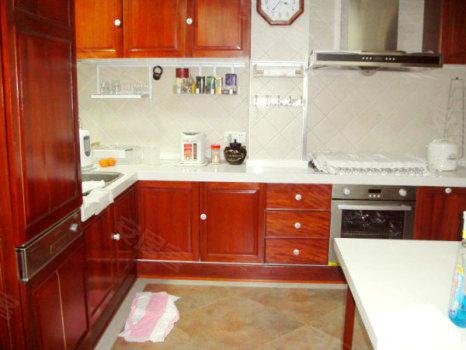 真实图片 08年地铁房,豪华装修,88平米露台,中西双厨房高清图片