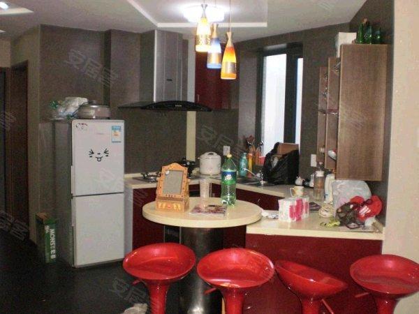 彩虹城,稀缺一室一厅小户型,精装修全送