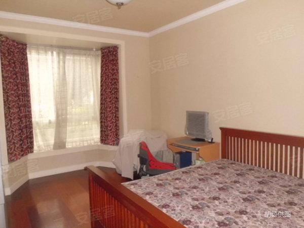 塞纳左岸,独家委托,豪华装修送家具家电,南北通,满5年唯一, 高清图片
