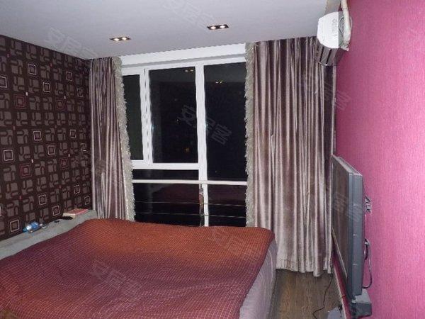 朝青 全南2居才230,看看这装修,卧室都是落地窗,绝对真实, 国