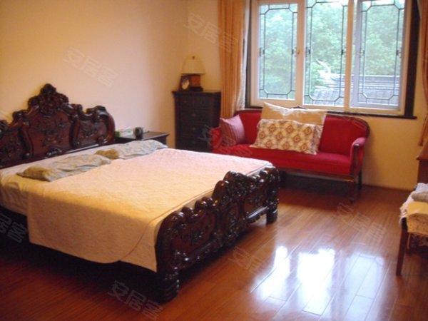 江枫园中式纯独栋别墅区,豪华装修大花园,房东回台诚意出售