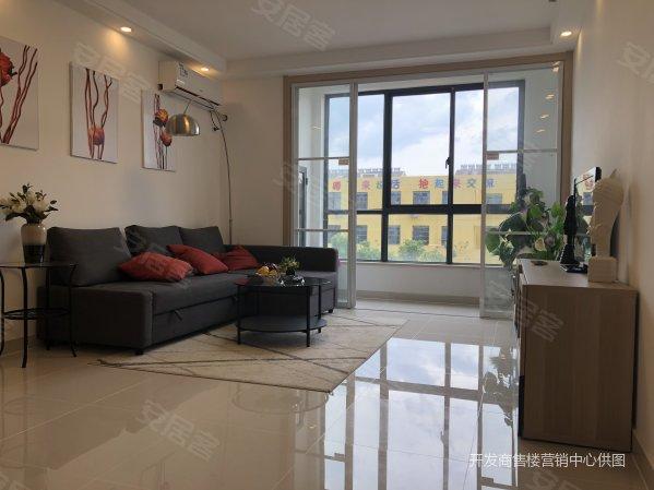 复式公寓层高5米4可隔两层首付25万买3房单价8500左右