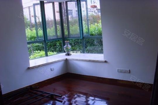 龙悦花园二手房, 210万元, LZ推荐,豪华装修一楼带超大平米小院