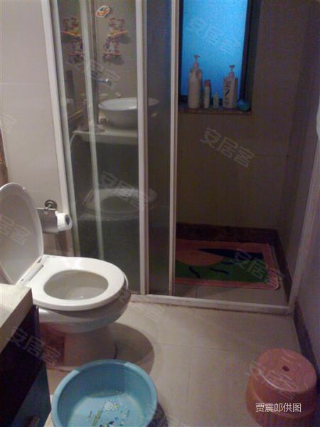 逸景翠园 公用洗手间