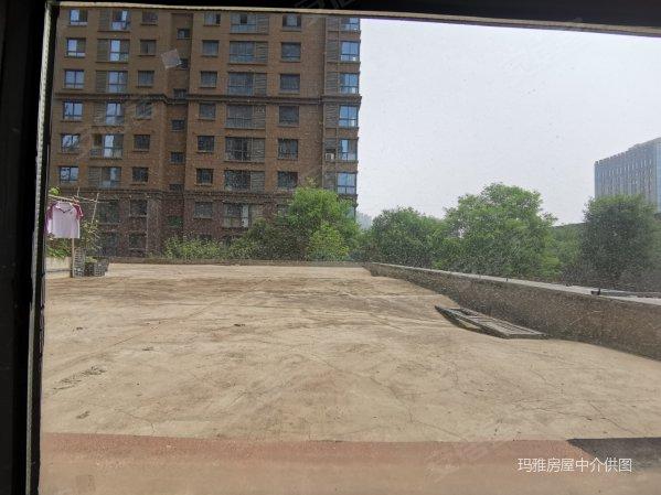 曲江公园旁 风景线板式小高层 带80平大露台 过二可按揭