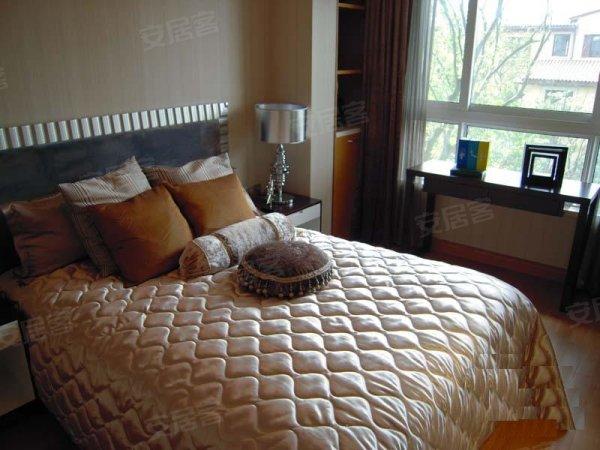 2500元每平方装修标准 赠送10平方的房间 首付只要30万