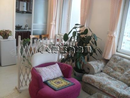 小户型可76万元2室2厅67平米骏腾名苑精装修,装修特别的温