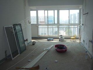 爱涛翠湖花园二手房, 180万元, 爱涛翠湖花园新空4房 一楼架空 送储