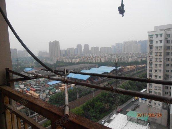 城南家园二手房, 90万元, 专家推荐 学区房,单价实惠,景观电梯