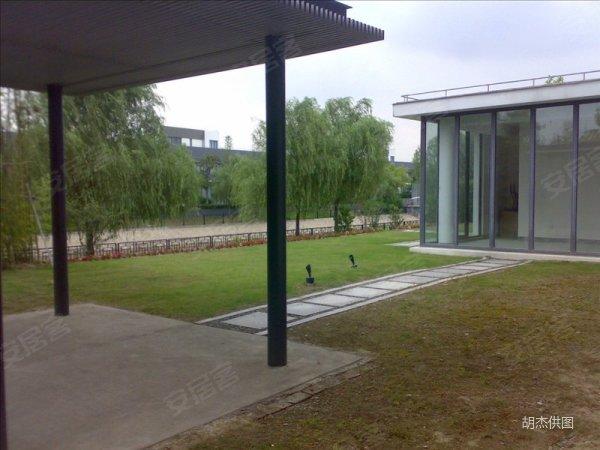 沁风雅泾紧靠家乐福 小区中心临河位置,800平大花园 , 沁风高清图片