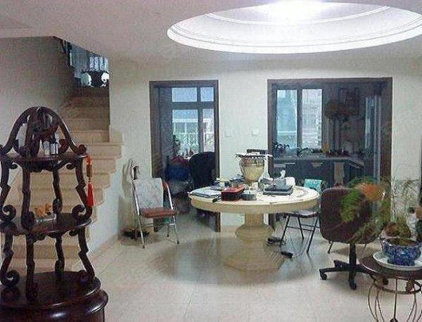 扬州水乡上叠别墅紧邻瘦西湖送大露台的超级好房