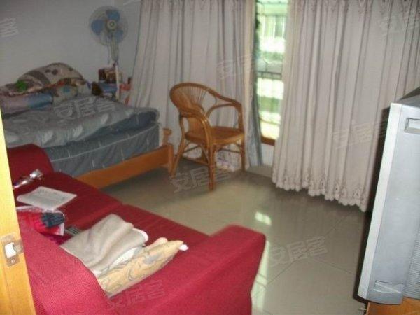 兴华花园 宝安 二手房, 兴华花园,住家装修少有两房出售,楼层好