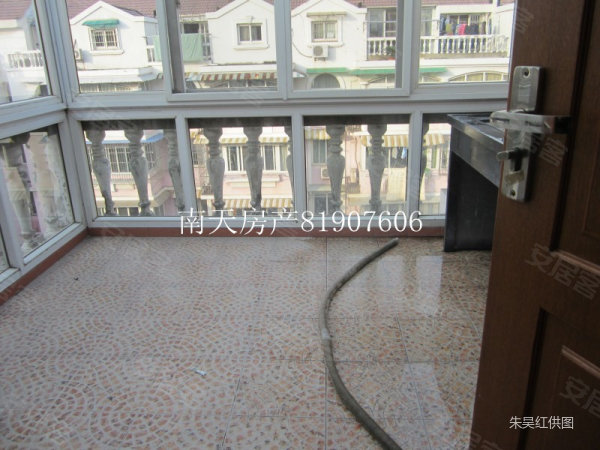 幸福苑丹桂花园,实用160平方,装修佳,198万