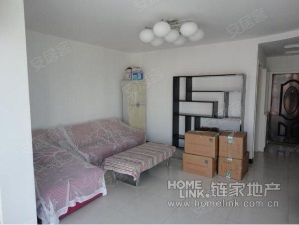 东城区花园洋房精装修两居室,买房送家具
