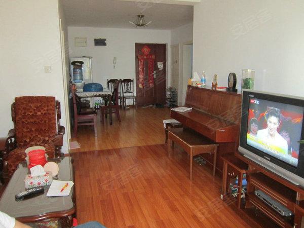 复旦书馨公寓五角场国权后路环境好交通好近地铁10号线3房2厅