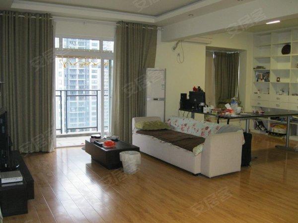 两江新区核心,豪华装修,交通便利,生活方便