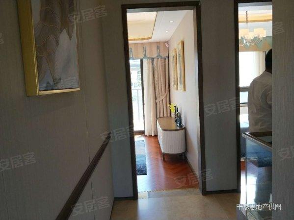 太湖庄园岛居叠加别墅,带电梯入户,送车库送花园150平