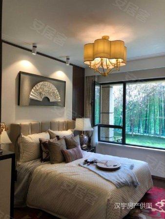 绿地澜庭新出 三房边户 送精装修 价位低 随时看房