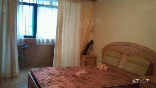 虹桥路地铁站附近 稀有一室一厅小户型 房子精装修 , 长虹小区二手