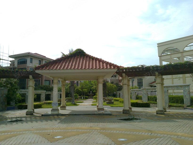 万博翠湖花园小区照片