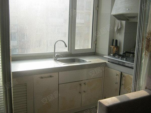 多层得房率高,无税,中等装修,小面积住房首选