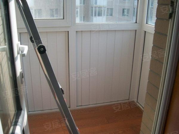 精装修三室,户型好 干湿分离卫生间