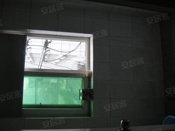 明管卫生间效果图,明房卫生间,卫生间明管如何美观,主人房卫