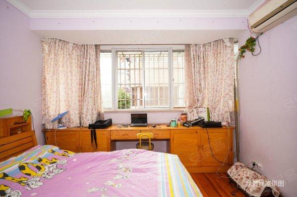 岭南公寓 次新小区 婚房装修 满五 诚心出售