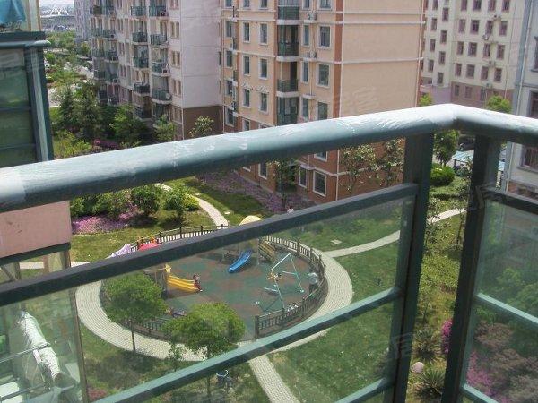 上海捷克住宅小区二手房, 133万元, 景观房临河 临小区绿化带,房