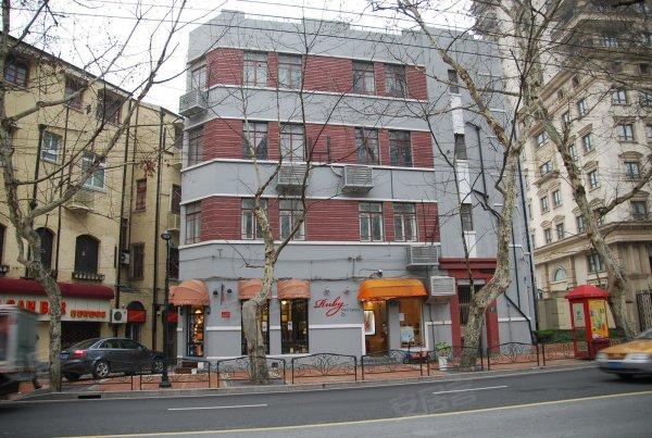 衡山路酒吧一条街 复古装修风格 喜欢老上海值得体验