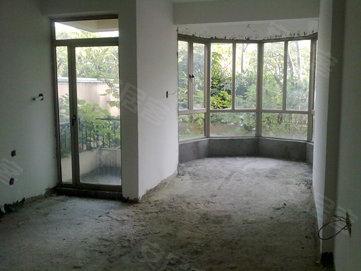 托斯卡纳 一楼带私家花园 带地下室单位 有匙即看