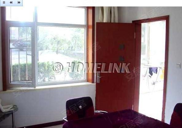 富士庄园三室两厅精致装修,赠送80平小院,别墅式小区高清图片
