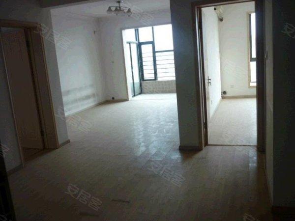 两室两厅,简单装修,廉价房子出售了,