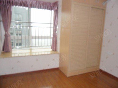 两江新区商业地段装修三房出售