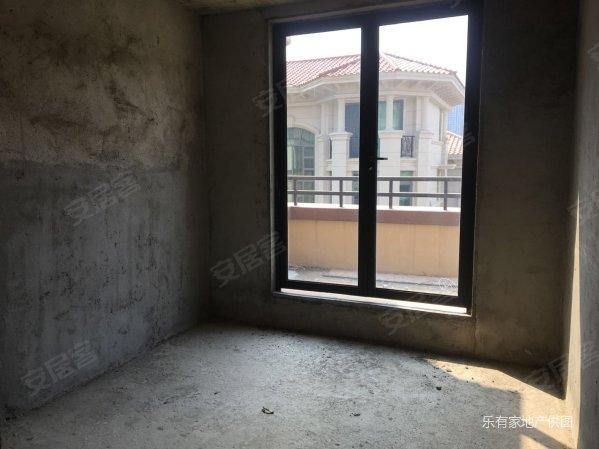 惠东中航维拉l联排别墅实用面积大带有地下室别墅照片清水恒大图片