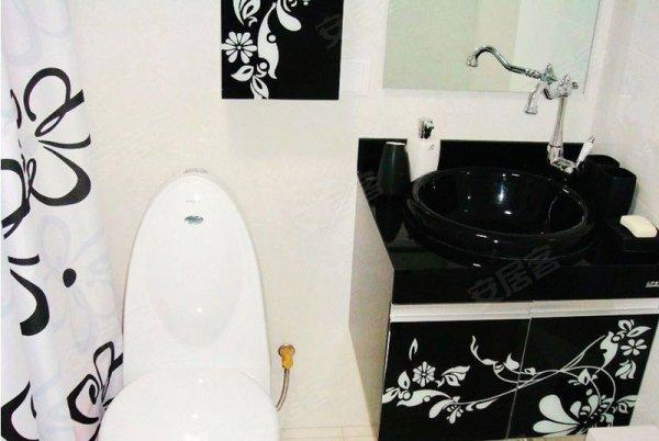 天津小洋楼二手房, 2室2厅2卫, 102万元, 工农村紫荆花园豪装小跃