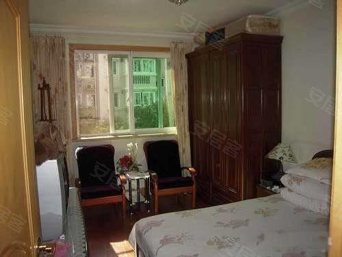 新干线租房, 90平米, 2200元, 简装修全配,要求一家人,超便宜