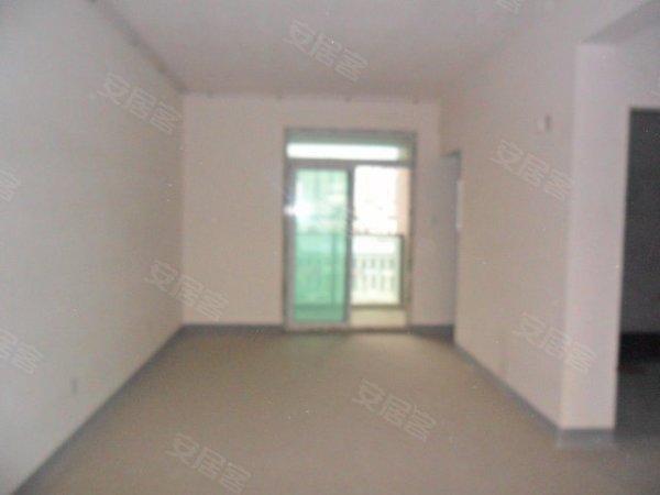 香城花园三区毛坯大三房出售125万 含车位车库 看房有钥匙图片 12555 600x450