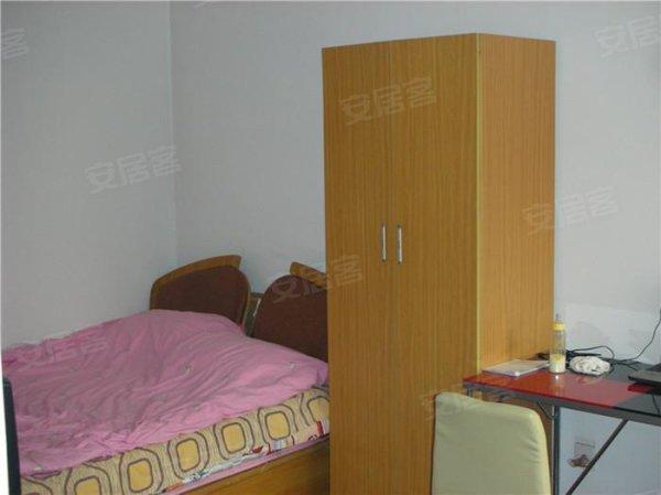 首都医科大学附近两居室出租 2500