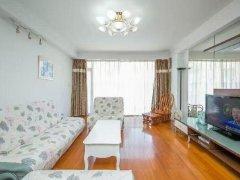 整租,明珠花园押一付一,1室1厅1卫,精装修。