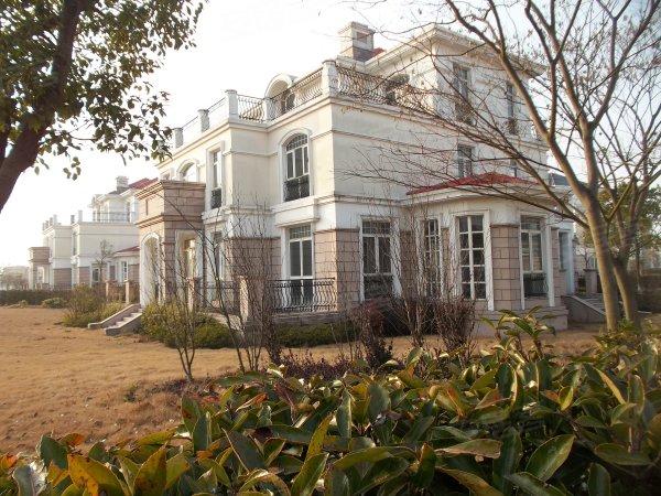 东淀湖庄园,欧式独栋,临湖百米,单价仅1万6,花园占地一亩地