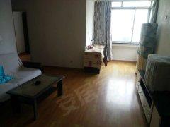 新城花园 两室两厅一卫 家具齐全 干净清爽 3200出租
