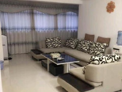 1室1厅,精装修,便宜出租,,中间楼层