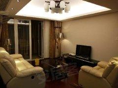 中央景城 精装3房出租 家具家电齐全 看房方便 装修见图