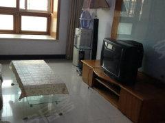 长安西区 精装三层 独立两居 家具家电齐全 拎包入住