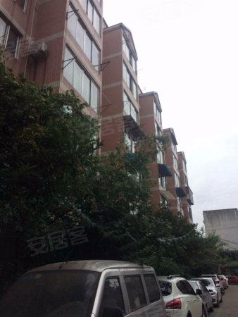 单价8500 海伦国际广场对面 地铁口 精装三房 户型方正