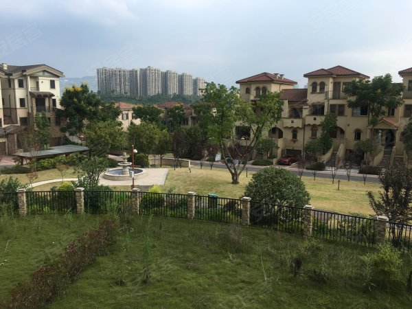 【多图】南岸庆隆高尔夫,2+1联排别墅,大开间路水秀昆山别墅图片