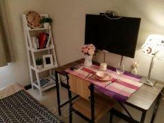 整租,滨建小区押一付一,1室1厅1卫,精装修。
