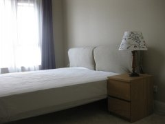 瑞士公寓租房12500元/月