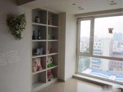 碧海 1300元 1室1厅1卫 精装修小区安静,低价出租